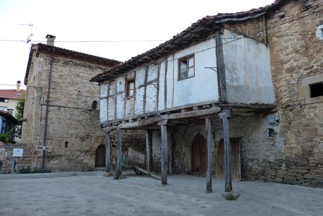 Espinosa de los Monteros Urbano - Destino Castilla y León