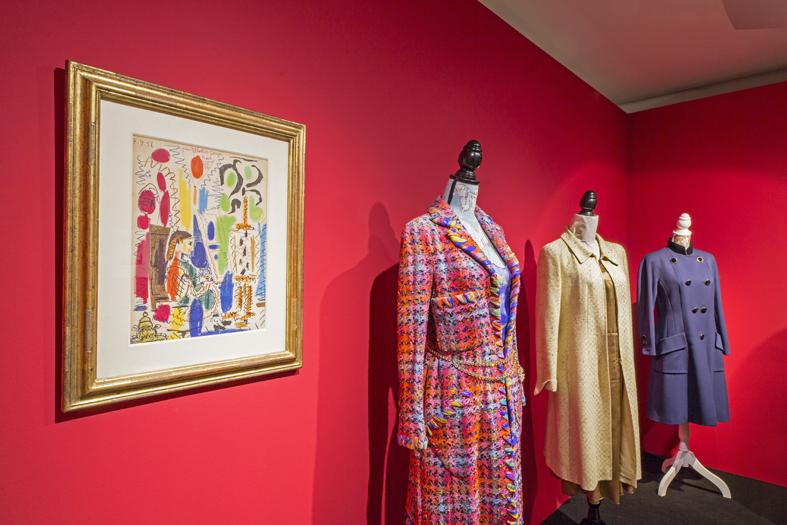 Trajes de Coco Chanel en la Casa Lis - Destino Castilla y León
