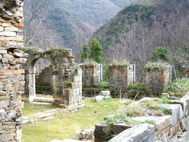 monasterios abandonados