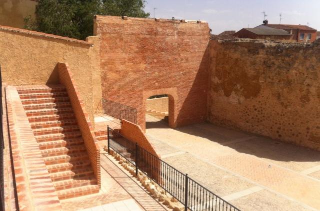 pasar el día en Alaejos Acceso al Castillo de Alaejos