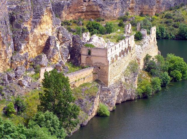 Monasterio de Santa María de la Hoz - Destino Castilla y León