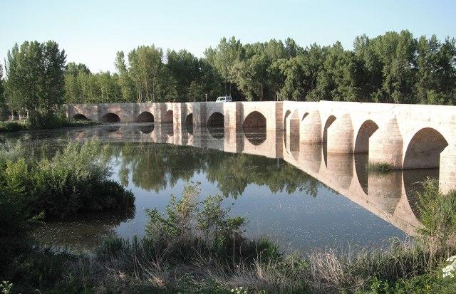 Puente de Torquemada - Destino Castilla y León