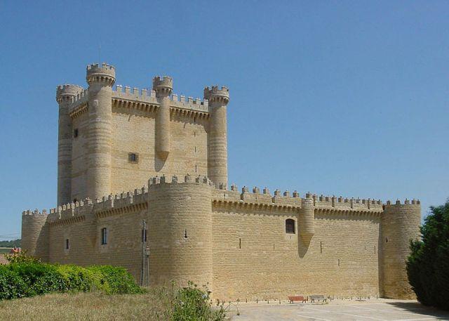 Ruta de los Castillos - Fuensaldaña - Destino Castilla y León