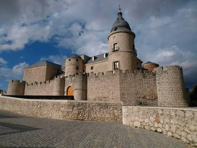 Ruta de los Castillos - Simancas - Destino Castilla y León