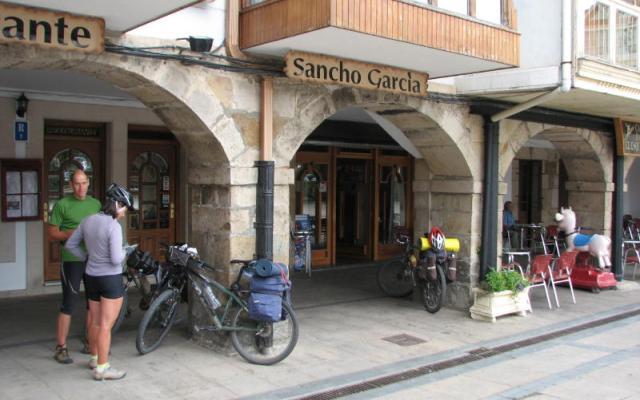 Bares de tapas en la plaza mayor - Destino Castilla y León