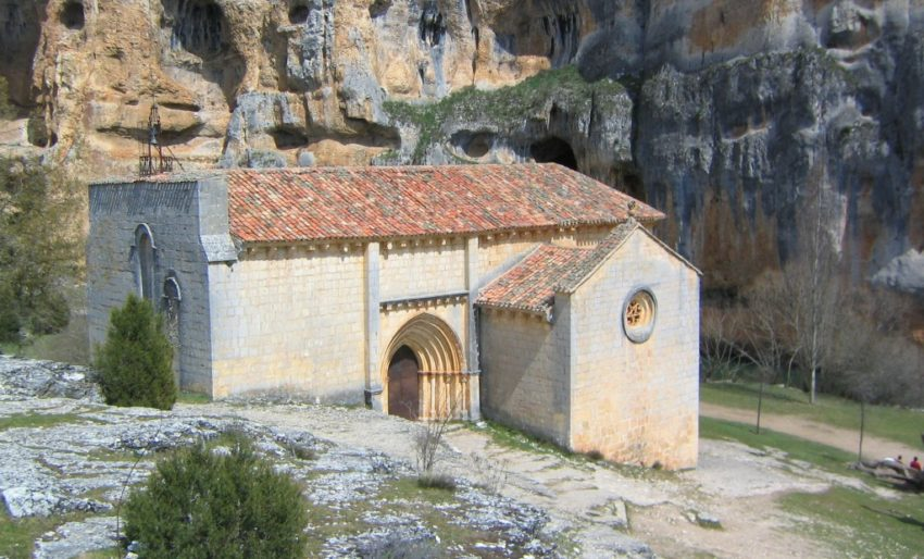 Ermita de San Bartolomé en Ucero - Cañón de Río Lobo - Destino Castilla y León