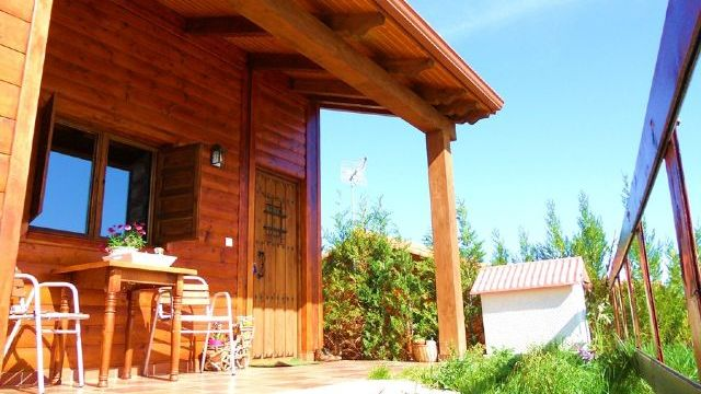 Casa Rural Al Pie del Árbol - Galería - Porche 2 - Destino Castilla y León