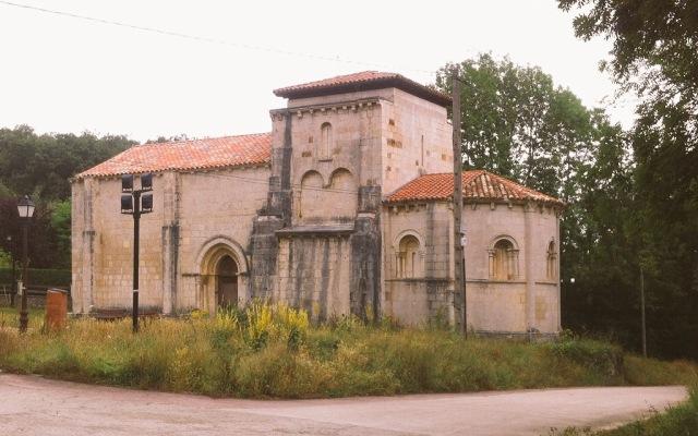 Iglesia románica de Santa María de Siones - Destino Castilla y León