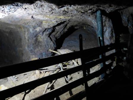 Restos que los mineros abandonaron en la mina - Destino Castilla y León