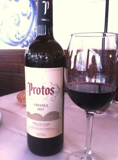 Botella de Protos Crianza 2011 - Destino Castilla y León