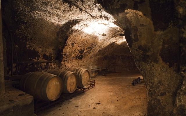 Visita a una bodega subterranea