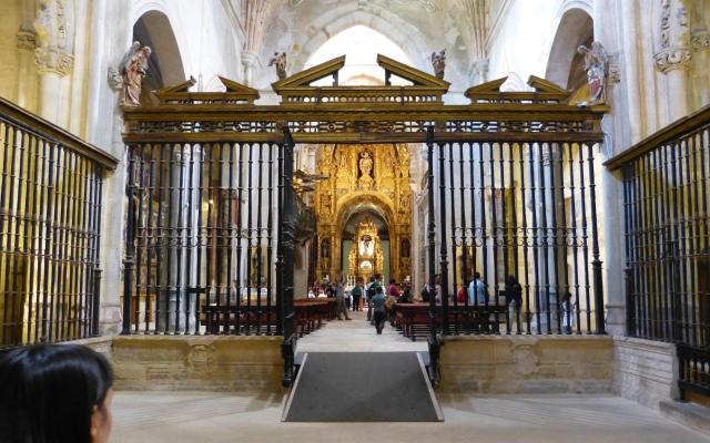 Interior de la Iglesia de San Salvador de Oña - Destino Castilla y León