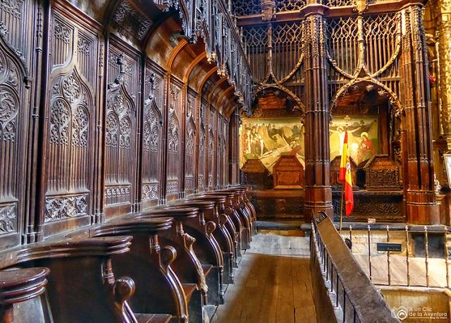 Panteón real de los primeros reyes de Castilla - Imagen de A un Clic de la Aventura