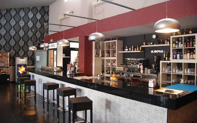 Cafetería el Moral de Cigales - Imagen de la Ruta del Vino de Cigales
