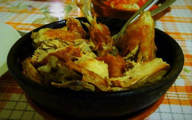Comer en el Bodegón el Ciervo - Cuarto de lechazo - Destino Castilla y León
