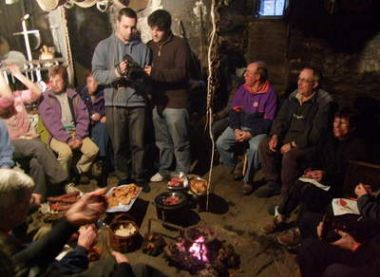 Filandón tradicional en una palloza - Imagen de El Diario de León