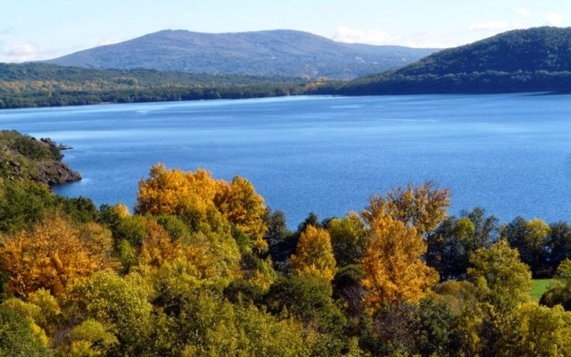 Lago de Sanabria en Otoño - Imagen de J.P. Rodríguez