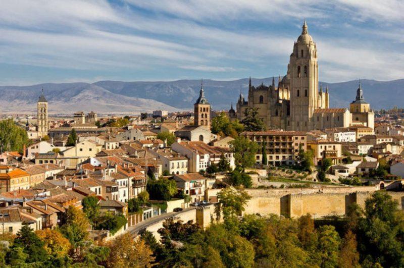 Portada de la guía de Segovia III - Imagen de Guía de Urgencia para fin de semana