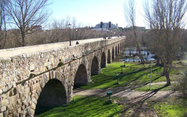 Riberas del río Tormes a su paso por Salamanca - Destino Castilla y León