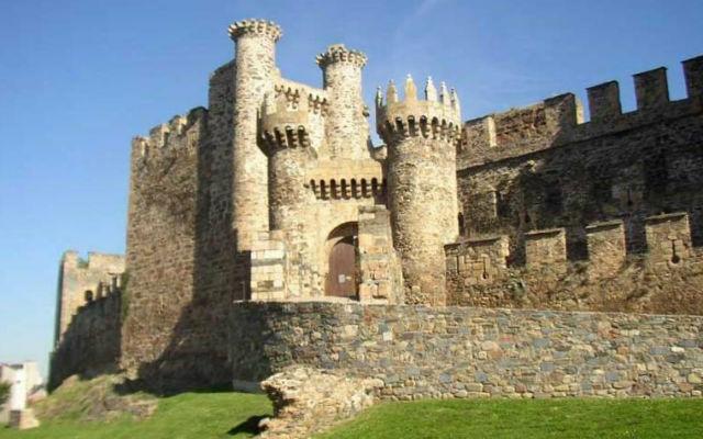 Castillo de Ponferrada en El Bierzo