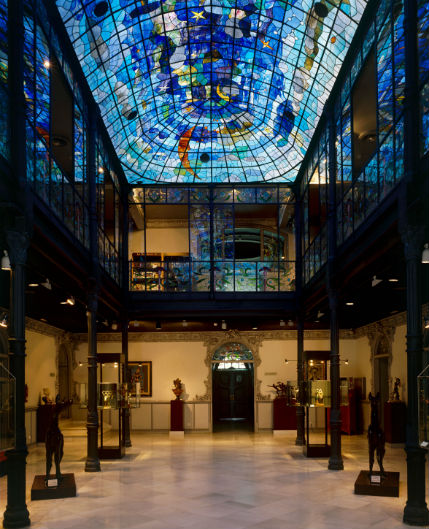 Vidriera del Museo Casa Lis - Imagen del museo