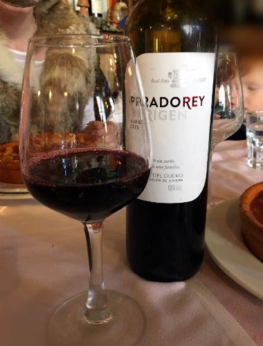 Copa de vino Tinto Roble 2016 de Bodegas Prado Rey - Destino Castilla y León
