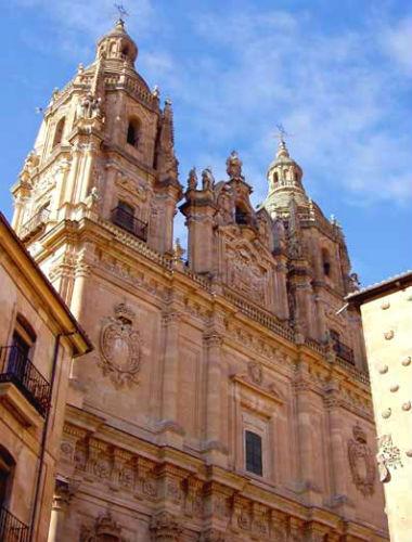 Torres de La Clerecia de Salamanca - Destino Castilla y León