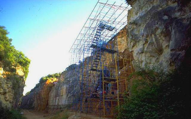 Yacimiento de Gran Dolina, en la trinchera - Imagen de Atapuerca.Tv