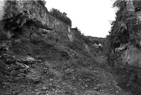 Fotografía antigua del yacimiento de Atapuerca - Imagen de National Geografic