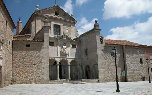 Iglesias de extramuros de Ávila