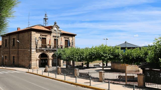 Ayuntamiento de Quintanar de la Sierra - Destino Castilla y León