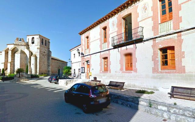 Ayuntamiento e Iglesia de Santa María de Curiel del Duero