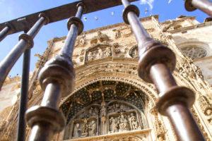 Portada de la Iglesia Santa María Aranda - Imagen de la Ruta del Vino de la Ribera del Duero