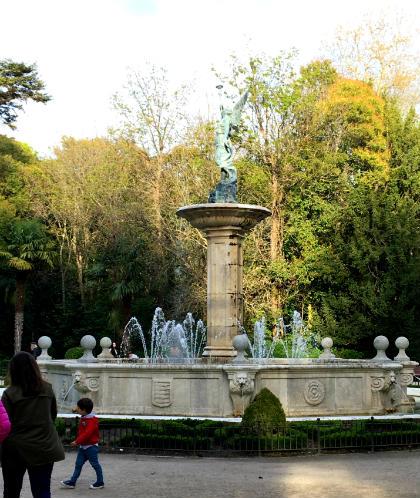 Fuente de la Fama en el Campo Grande de Valladolid - Destino Castilla y León