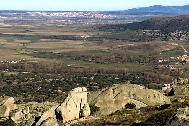 Vistas de la meseta desde el Castro de Ulaca - Destino Castilla y León