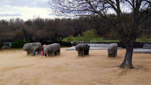 Los Toros de Guisando en la actualidad - Destino Castilla y Léon