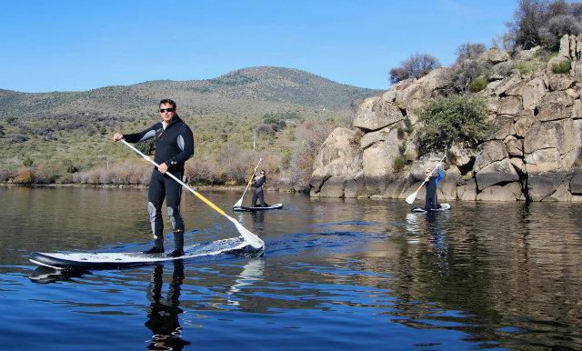paddle surf en el embalse de El Burguillo - Ávila Fuente: elburguillo.com