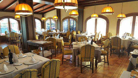 Comedor del restaurante del Área Tudanca - Imagen del Grupo Tudanca