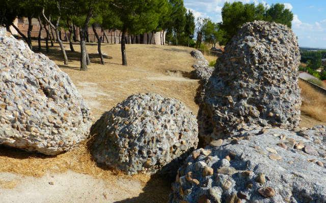 Restos de la cerca medieval de Medina del Campo - Destino Castilla y León