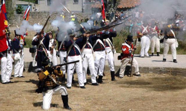 Tropas españolas durante el Sitio de Ciudad Rodrigo· title=
