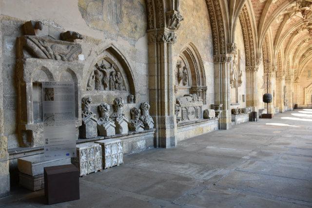 El sueño de la luz_claustro de la catedral de León_Destino Castilla y león