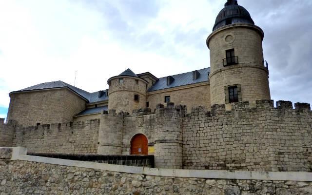 Castillo de Simancas - Destino Castilla y León