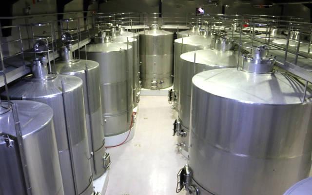 Sala de elaboración de la fermentación alcohólica - Destino Castilla y León