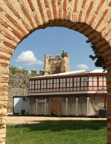 Patio trasero del Casón del Caballero - Destino Castilla y León