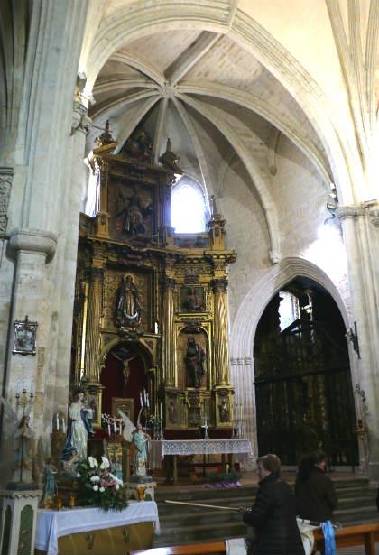 Interior de la Colegiata de San Miguel de Ampudia - Destino Castilla y León