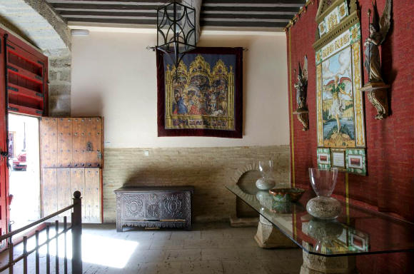 Entrada al hotel rural Palacio Rejadorada - Imagen del Hotel