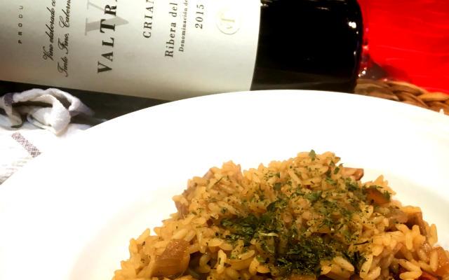 Maridaje del Valtravieso crianza 2015 con un risotto ai funghi porcini - A Tavola con il Conte