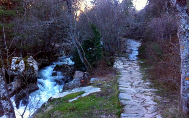 Ruta de los Reales Sitios en la zona de las pesqueras - Destino Castilla y León