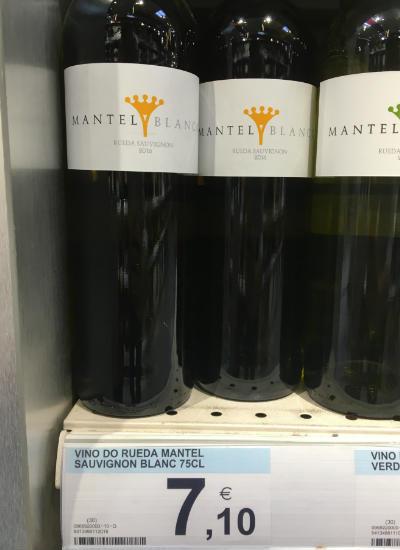 vinos por menos de 10 eurosSauvingon Blanc Mantel Blanco