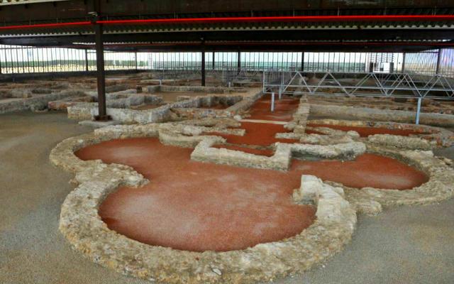 Vistas de la villa romana de Almenara-Puras - Imagen de Planes con hijos